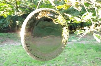 Gong-outside-2