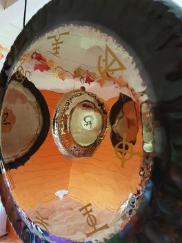 Gongs-reflection-900x1200
